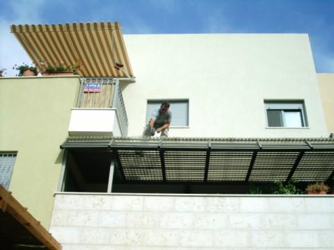פרגולות אלומיניום - פרגולות למרפסת שמש - פרגולה למרפסת שמש