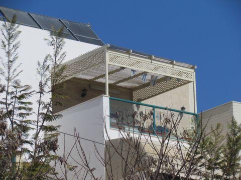 פרגולות אלומיניום - פרגולות למרפסת שמש - פרגולה למרפסת