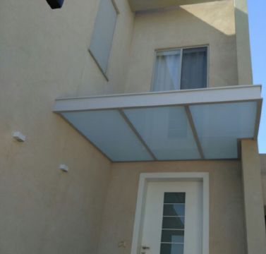 פרגולות אלומיניום - פרגולות זכוכית - פרגולת זכוכית