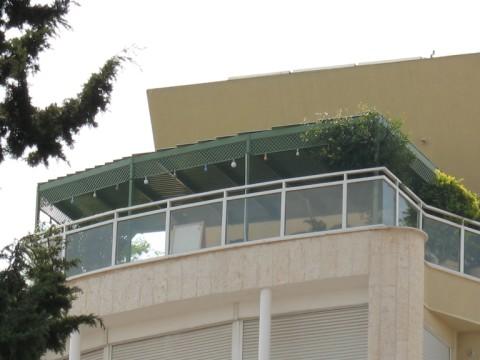 פרגולות אלומיניום - פרגולות לדירות גג - פרגולות אלומיניום- דירות גן