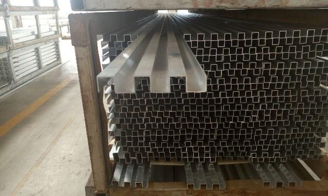 שערים - שער דגם מדרגה - הייטק אטום - הייטק אטום - מפרט טכני