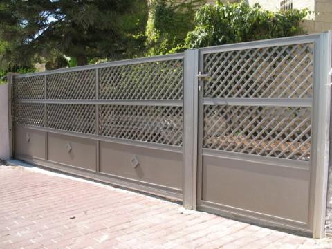 שערים - שערים דגם רשת אייל - שערים-שער חניה