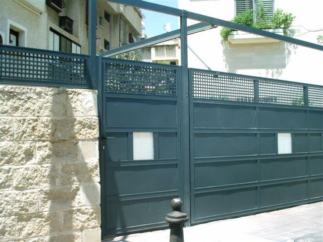 שערים - שערים דגם רשת אייל - שער כניסה וחניה