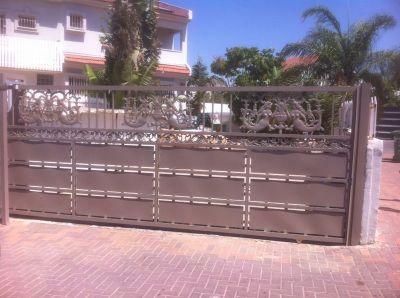 שערים - שערים דגם יציקות - שער דגם סטריפים ובת-ים