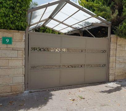 שערים - שערים דגם יציקות - שער חניה וכניסה דגם אטום ויציקות