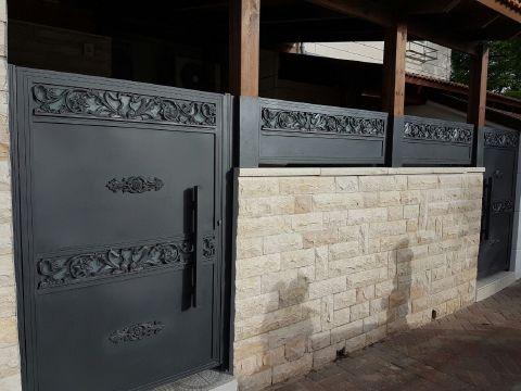 שערים - שערים דגם יציקות - שער כניסה דגם אטום ויציקה
