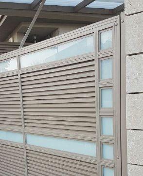 שערים - שערים  עם שילובי זכוכית - שער הייטק אטום + זכוכית