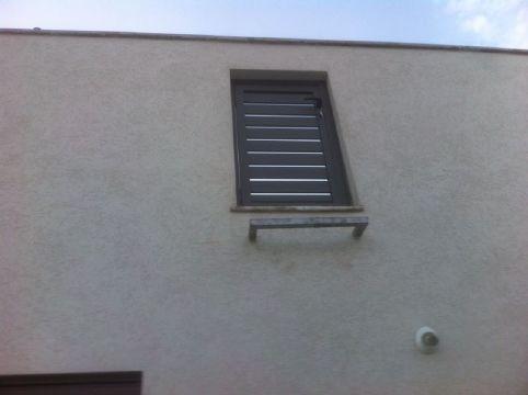 שערים - שערים / דלתות שירות - דלת שירות דגם הייטק