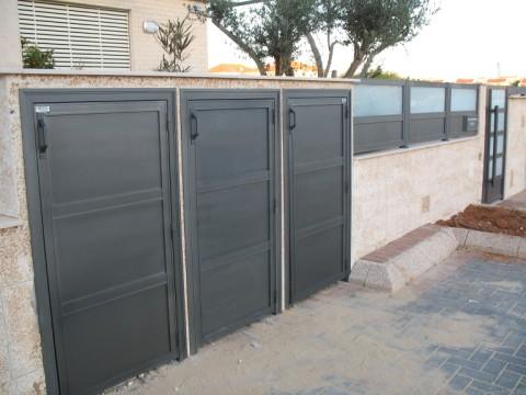 שערים - שערים / דלתות שירות - דלתות שרות