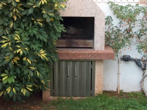שערים - שערים / דלתות שירות - דלת שרות למנגל