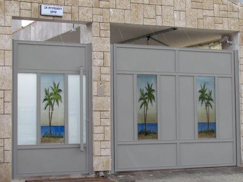 שערים - שערים - זכוכית מעוצבת - שערים - זכוכית מעוצבת