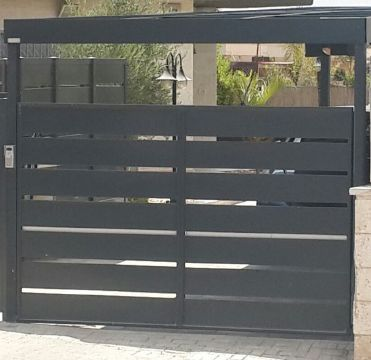 שערים - שערים סטריפים - שער אלומיניום דגם סטריפים