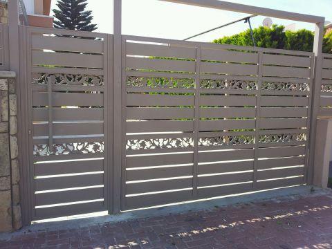 שערים - שערים סטריפים - שער סטריפים