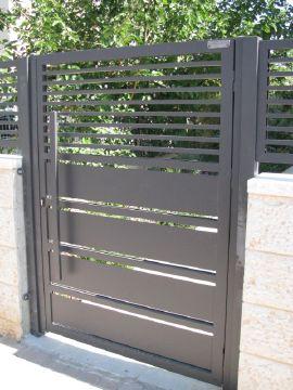 שערים - שערים פרופילים דגם הייטק - שער הייטק וסטריפים