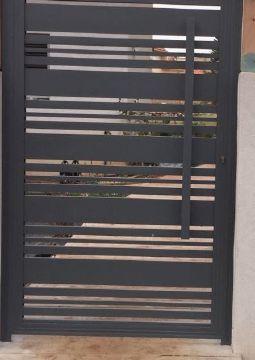 שערים - שערים פרופילים דגם הייטק - שער דגם הייטק וסטריפ