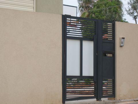 שערים - שערים פרופילים דגם הייטק - שערים - חניה וכניסה