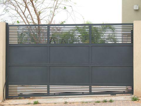 שערים - שערים פרופילים דגם הייטק - שערים - כניסה וחנייה