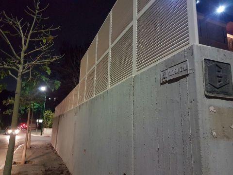 גדרות - גדרות הייטק - גדר אלומיניום דגם הייטק