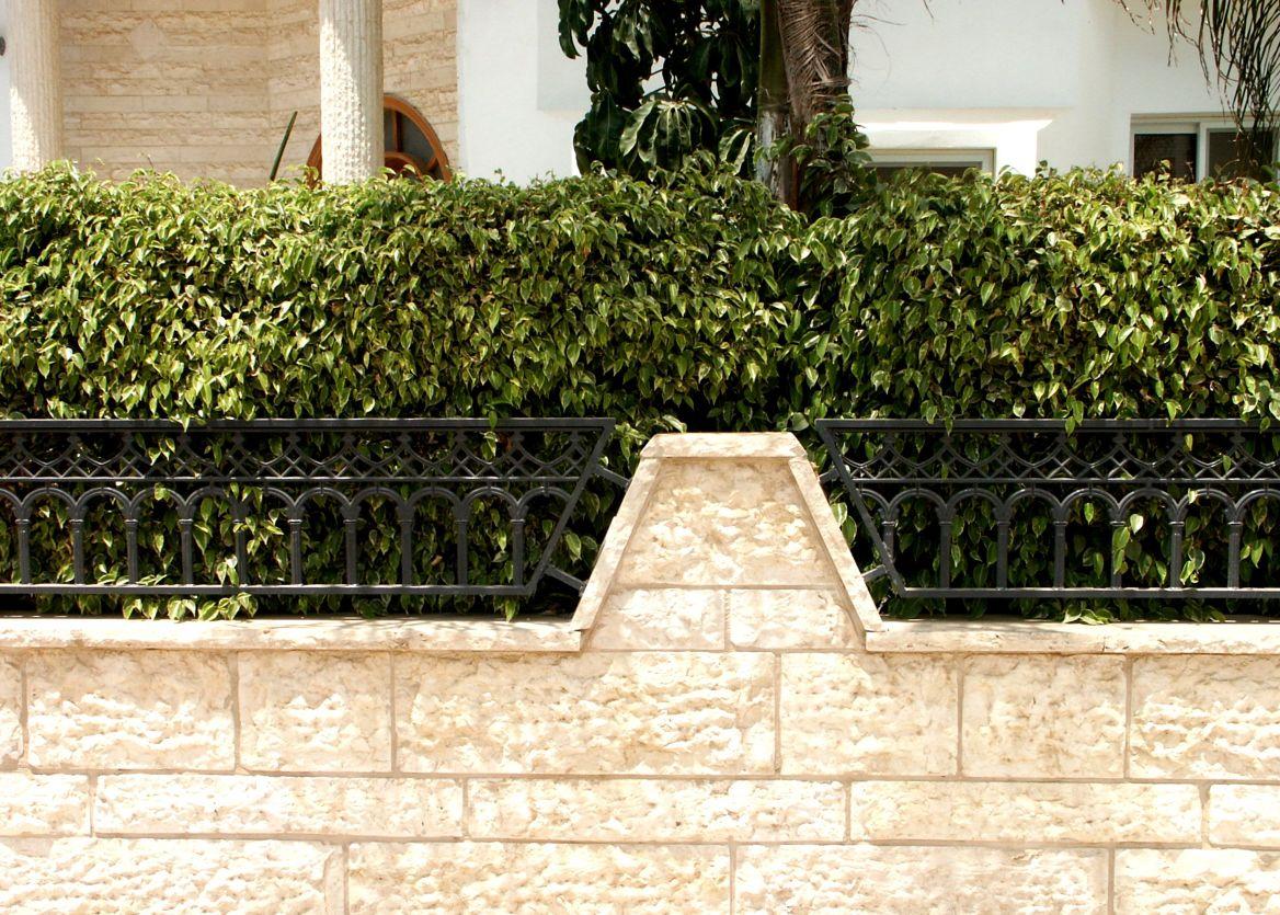 גדרות - גדר יציקות - גדר דגם פרופיל קשת