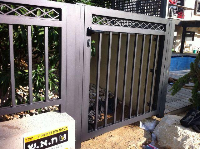 גדרות - גדר יציקות - גדר דגם פרופיל איקס