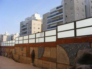 גדרות - גדרות אקוסטיות - גדר אקוסטית זכוכית חלבית